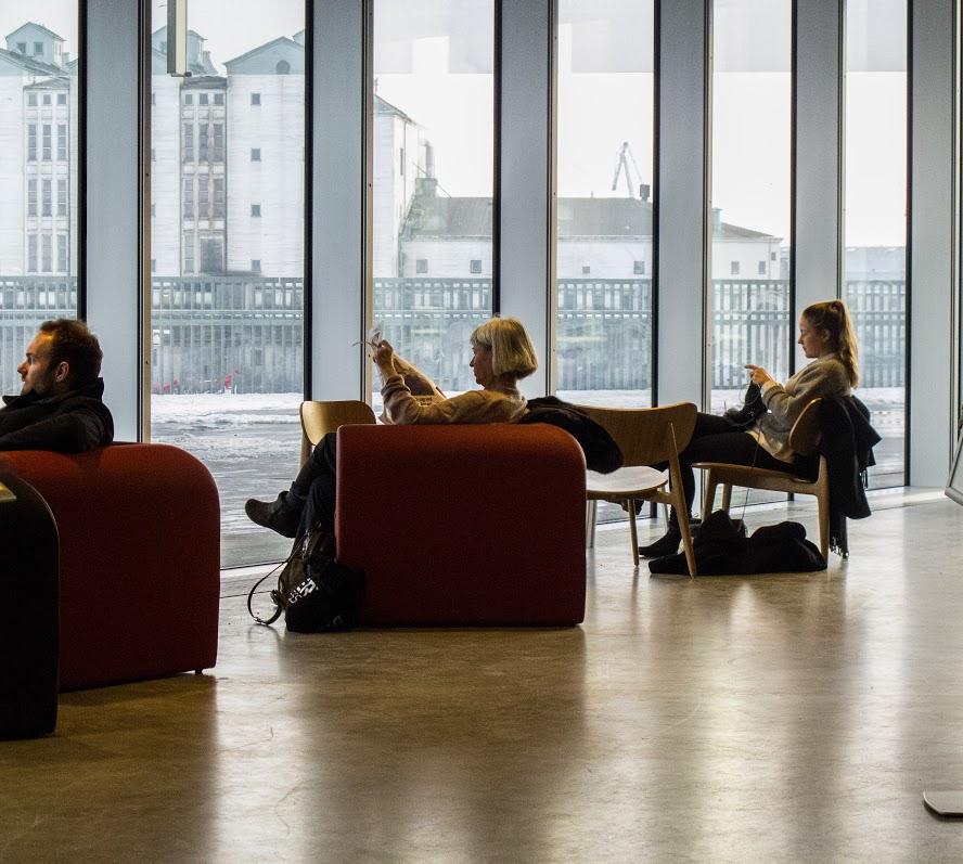 O Dokk1 é a mais nova biblioteca de Aarhus e, atualmente, a maior da Escandinávia