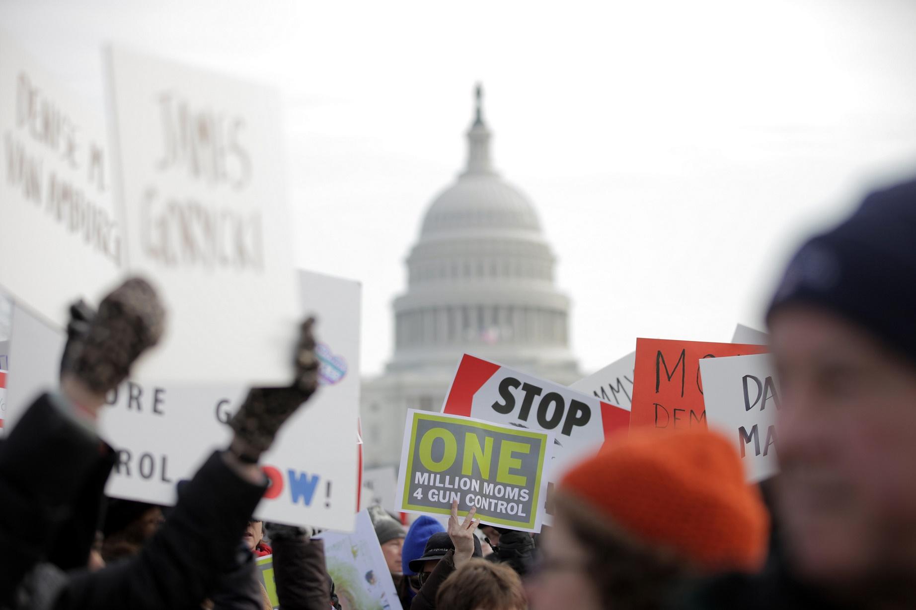 """O """"Moms Demand Action"""" tem cerca de 120 mil membros, de ambos os sexos, e está presente nos 50 estados americanos"""
