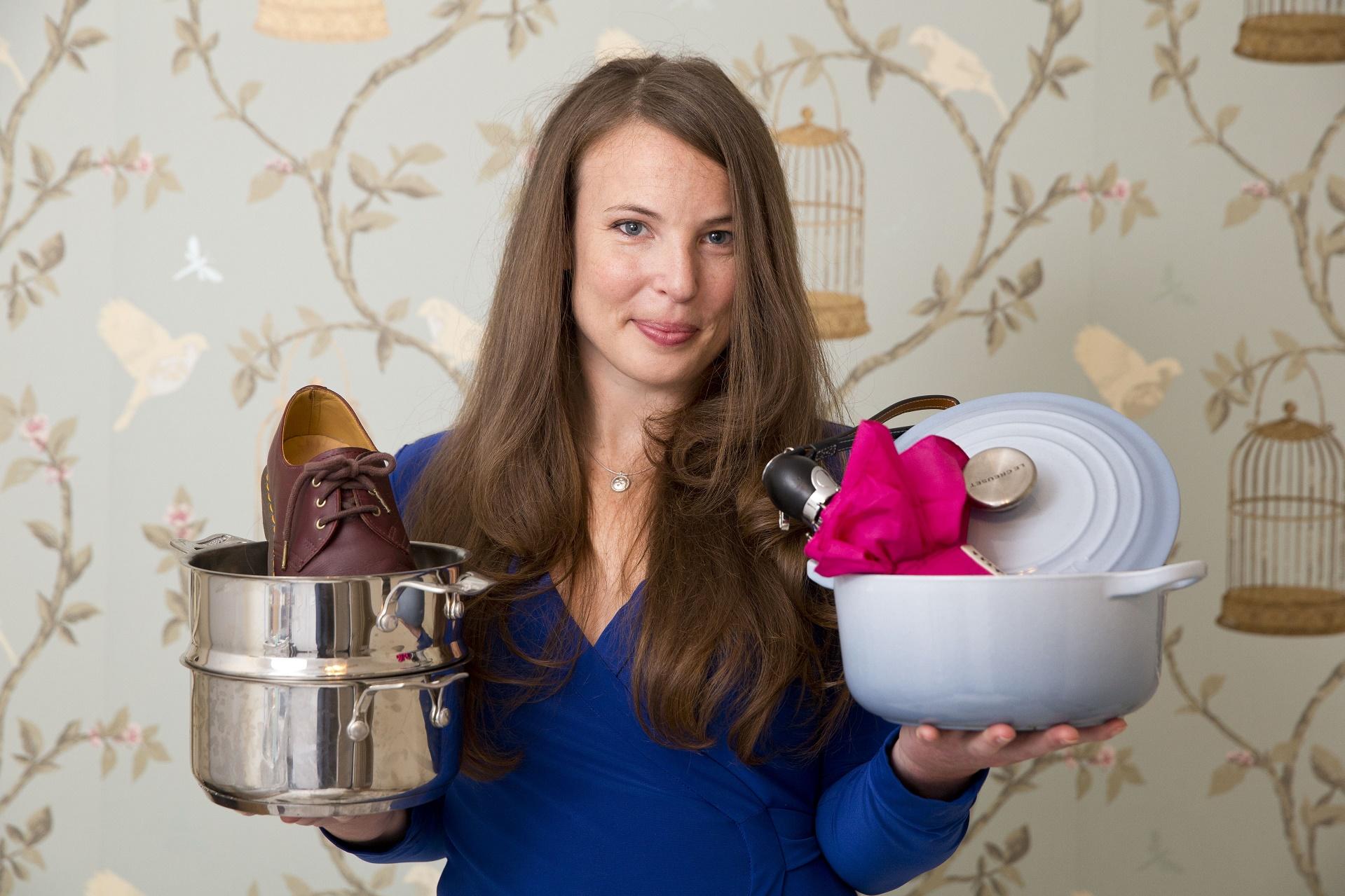 """A inglesa Tara Button trabalhava como redatora numa agência de publicidade chamada """"krow"""", antes de decidir abrir a """"BuyMeOnce"""""""