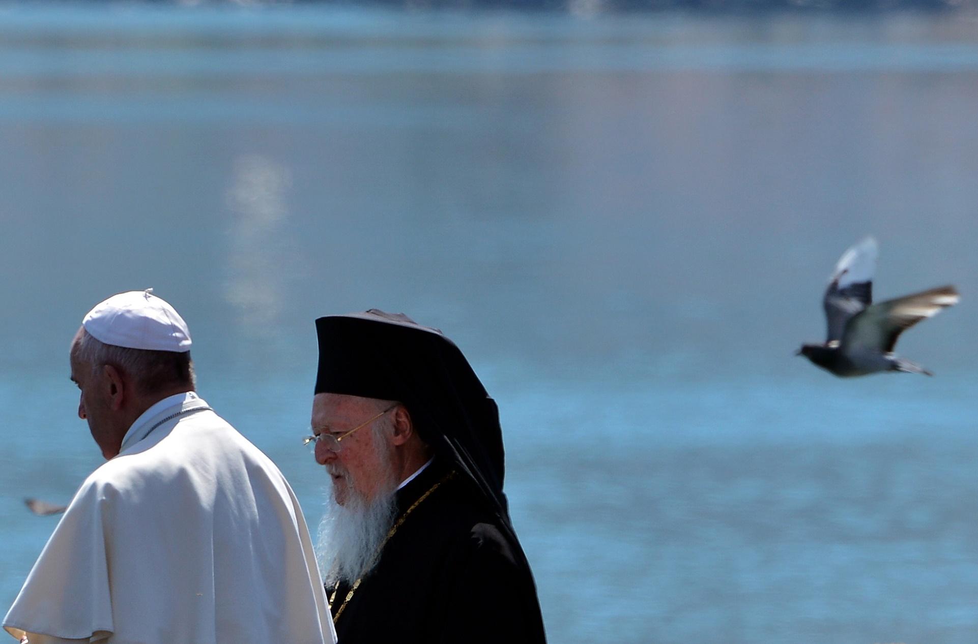 A habilidade do Papa Francisco tem sido fundamental para revigorar a posição da Igreja, apesar da contínua controvérsia sobre corrupção e abusos