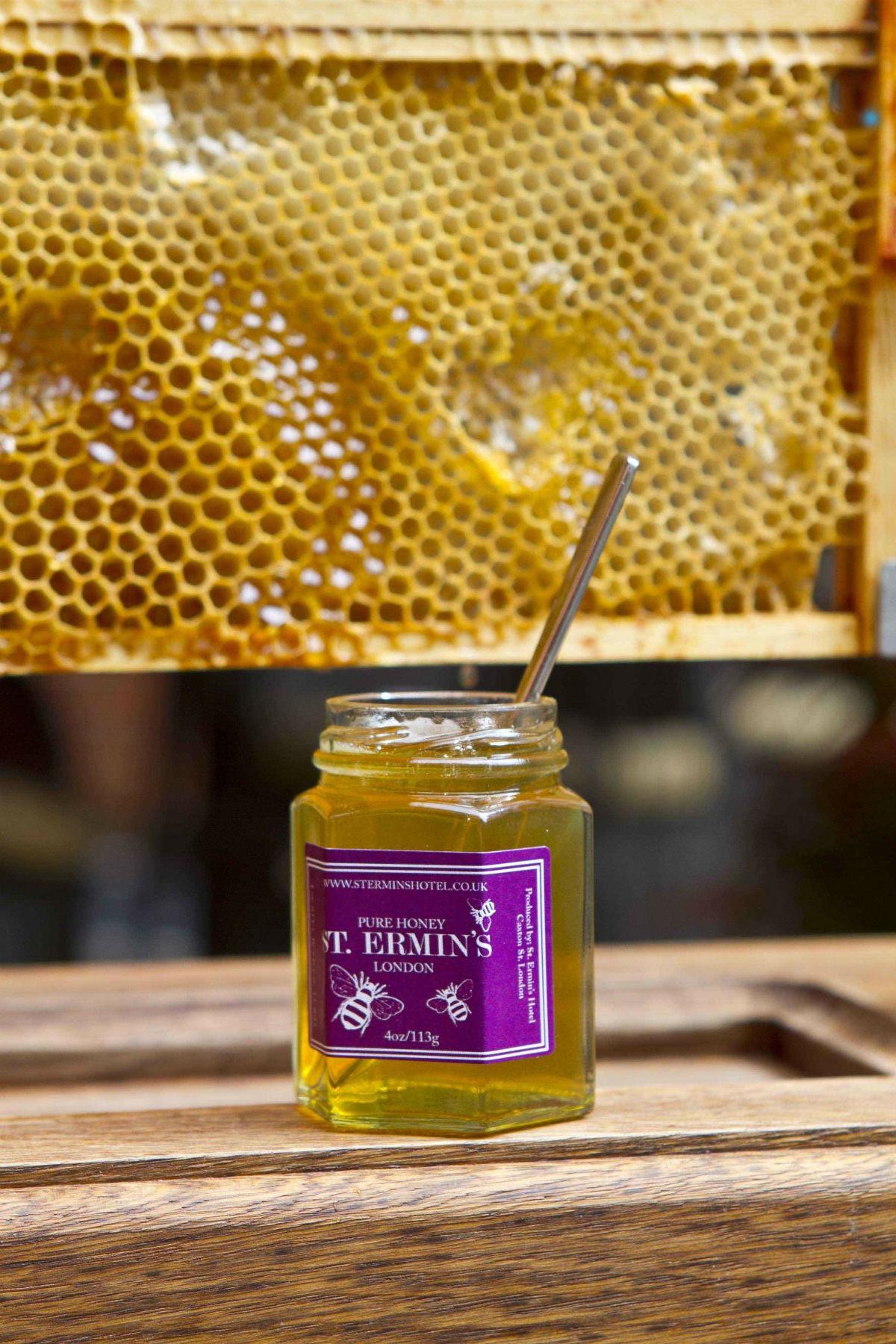 No hotel, St Ermins o mel é uma delícia também para os hóspedes