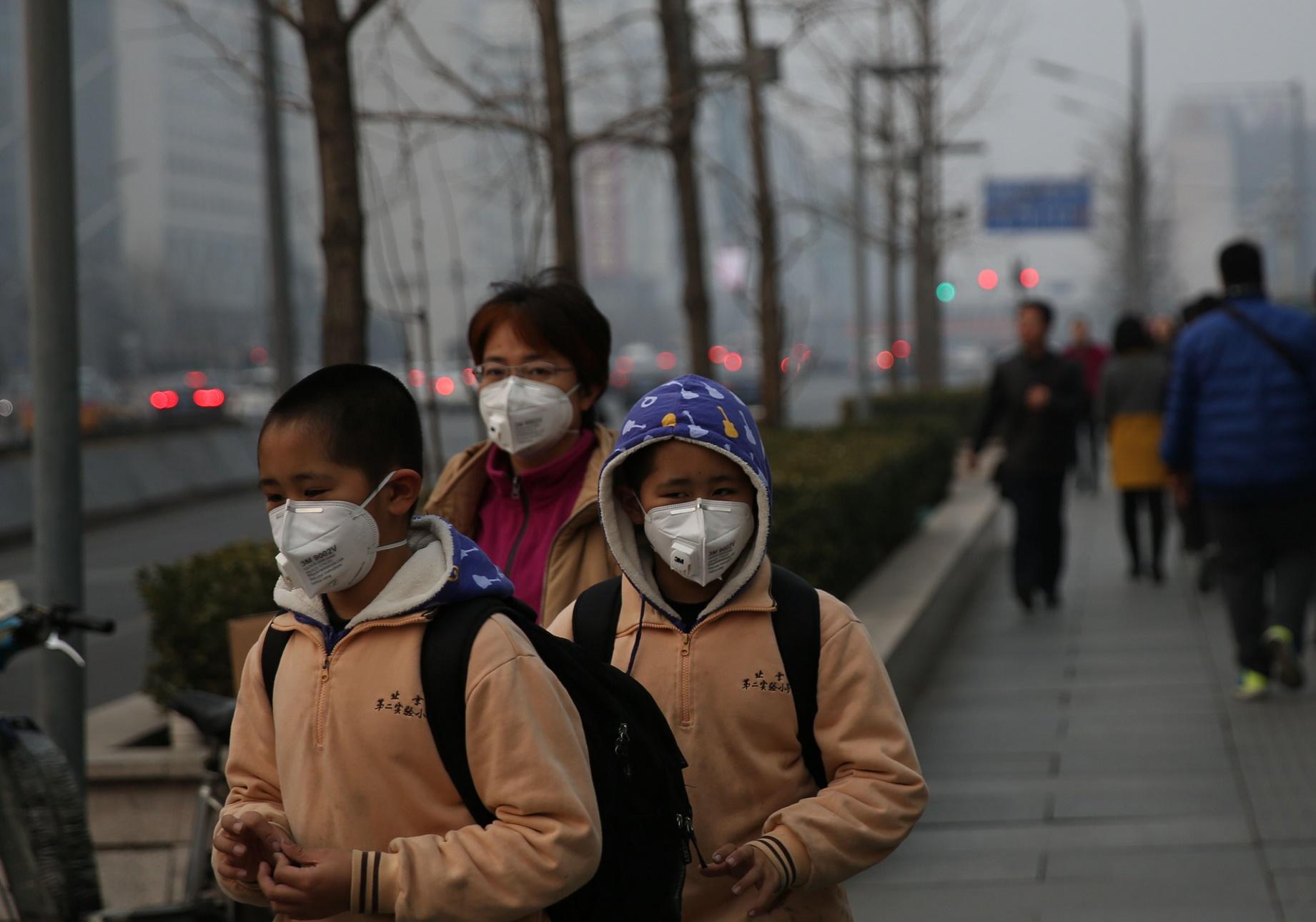 Apesar de continuar sendo um dos países mais poluídos do mundo, a China vem conseguindo melhorar a situação de 2011 para cá