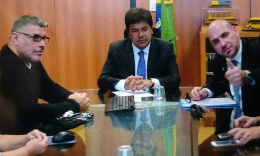 Alexandre Frota, o ministro Mendonça Filho e o líder do Revoltados Online
