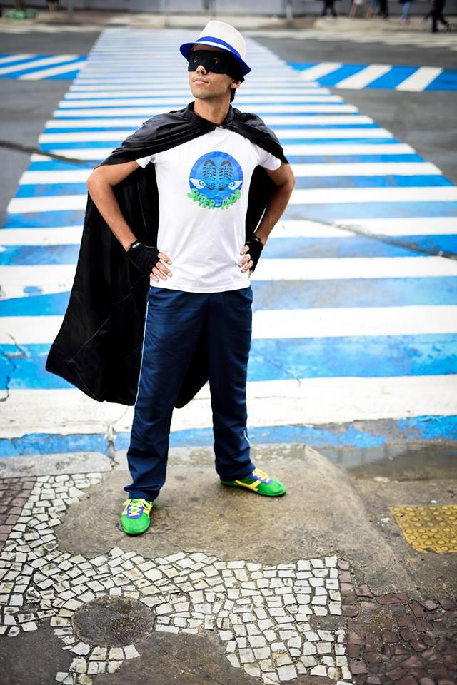 Herói dos pedestres, o Super-Ando já fez carreira internacional