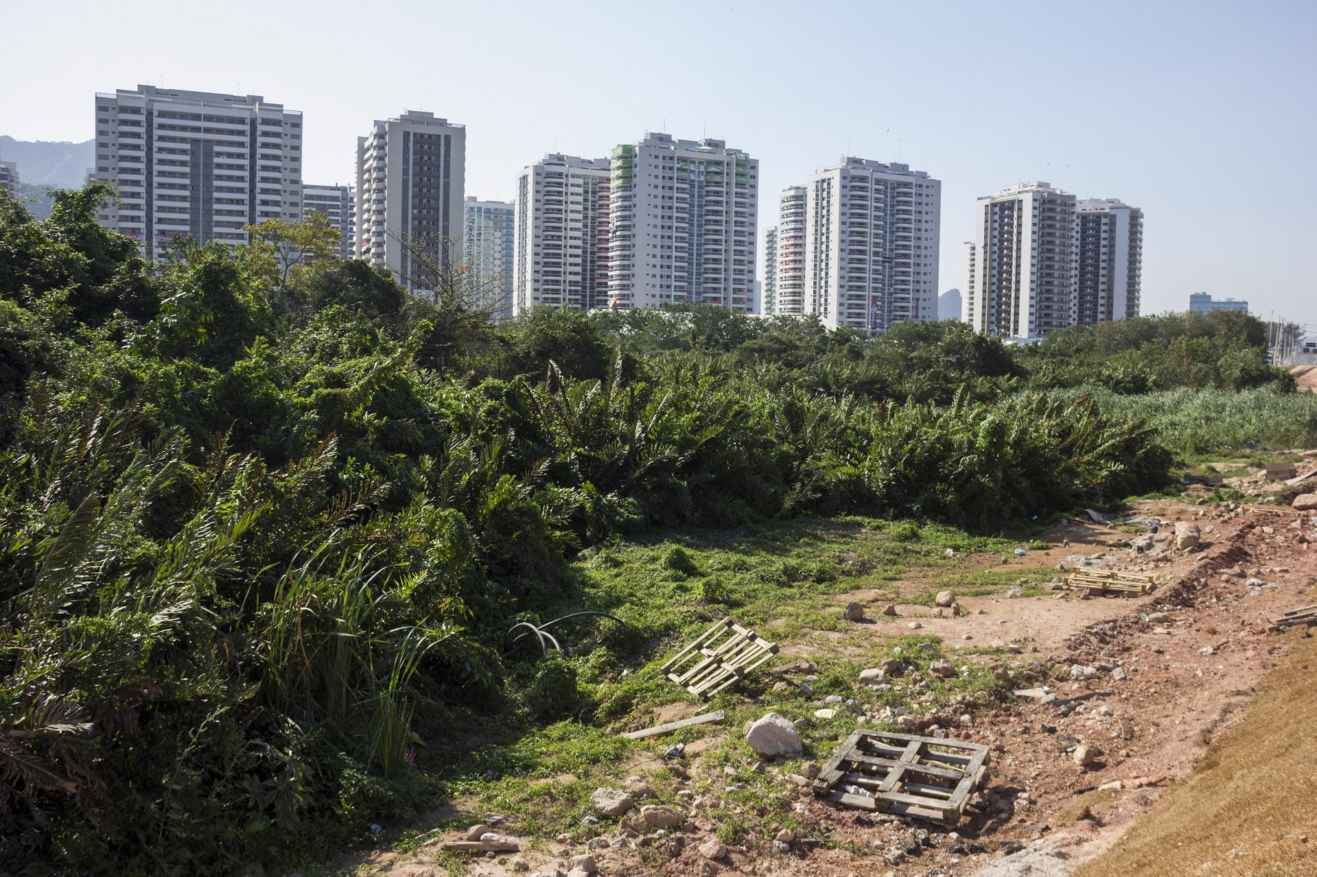 Além da crônica falta de saneamento, tudo indica que a construções de hotéis para a Rio 2016 foi superestimada