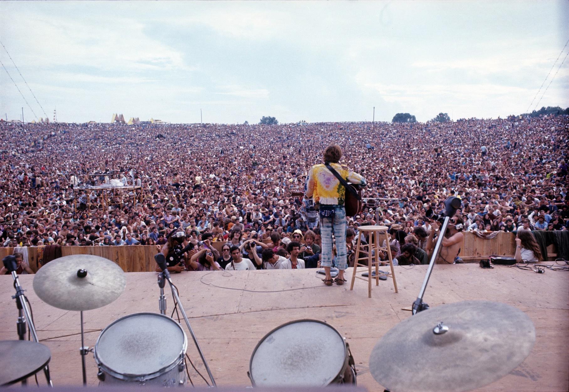 A apresentação de John Sebastian no Festival de Woodstock, em agosto de 1969. Image by © Henry Diltz/Corbis