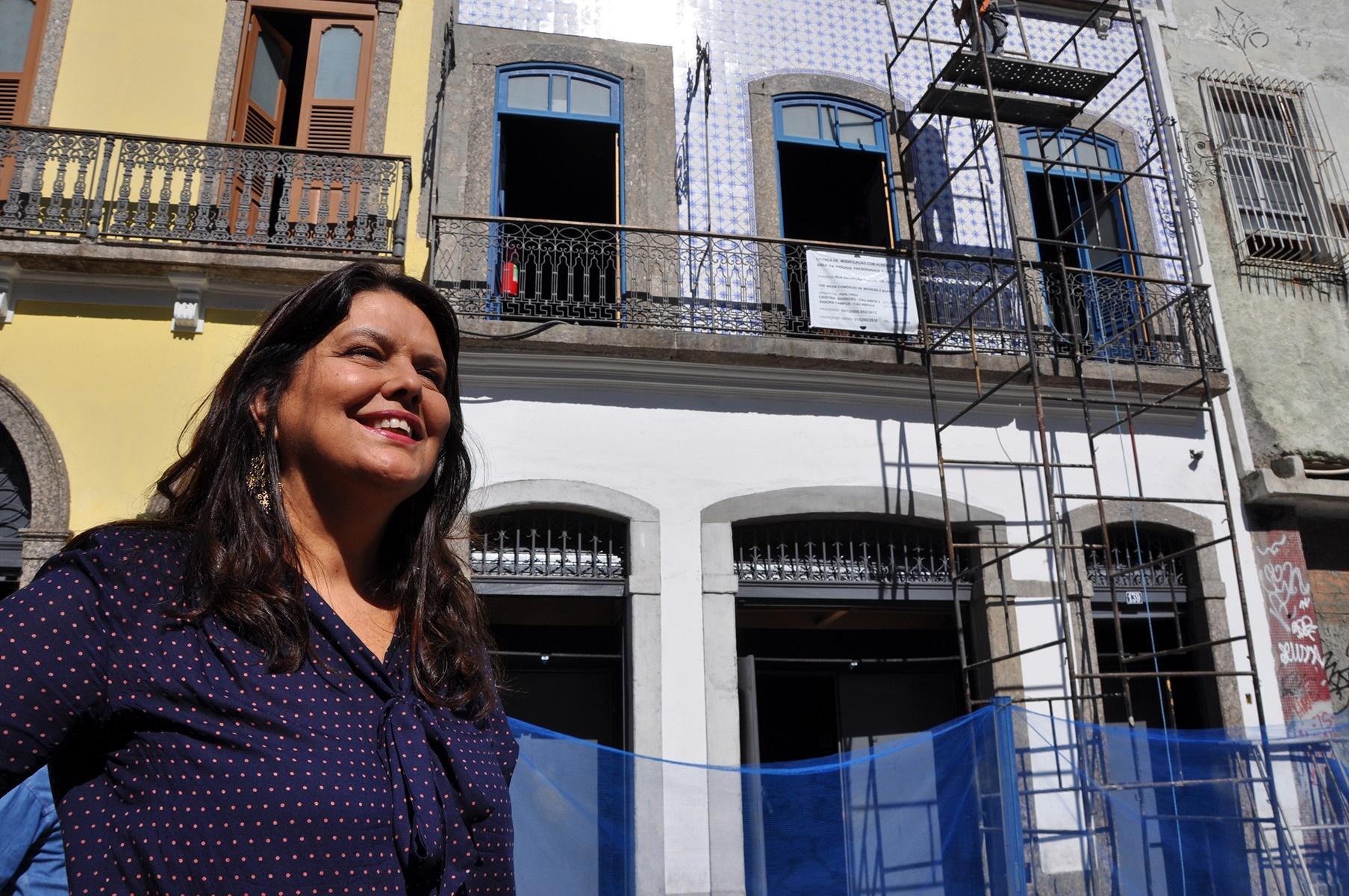 A arquiteta Cristina Camargo Barroso trabalha com projetos de restauração e preservação de imóveis em Apacs como a do Porto Maravilha. Foto Divulgação
