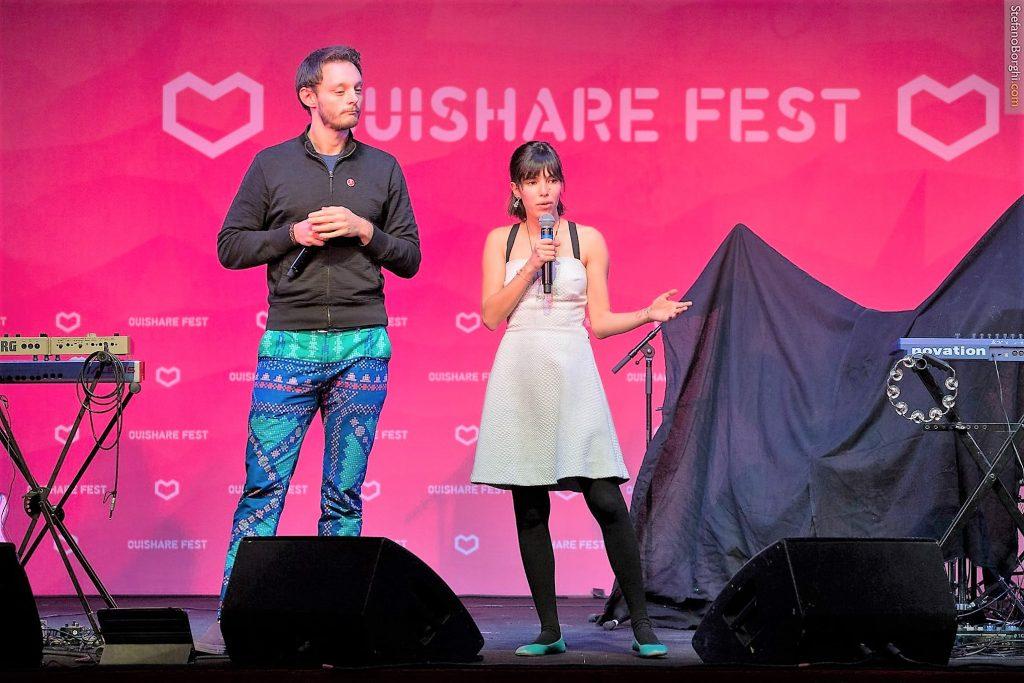 Tomas Lara e Manuela Yamada, no Ouishare, em Paris: organizadores do primeiro ColaborAmerica (Foto: Stefano Borghi/divulgação)