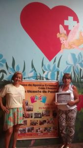 Sheila e Leonor da Casa da Crianca com cancer. Foto de Divulgacao