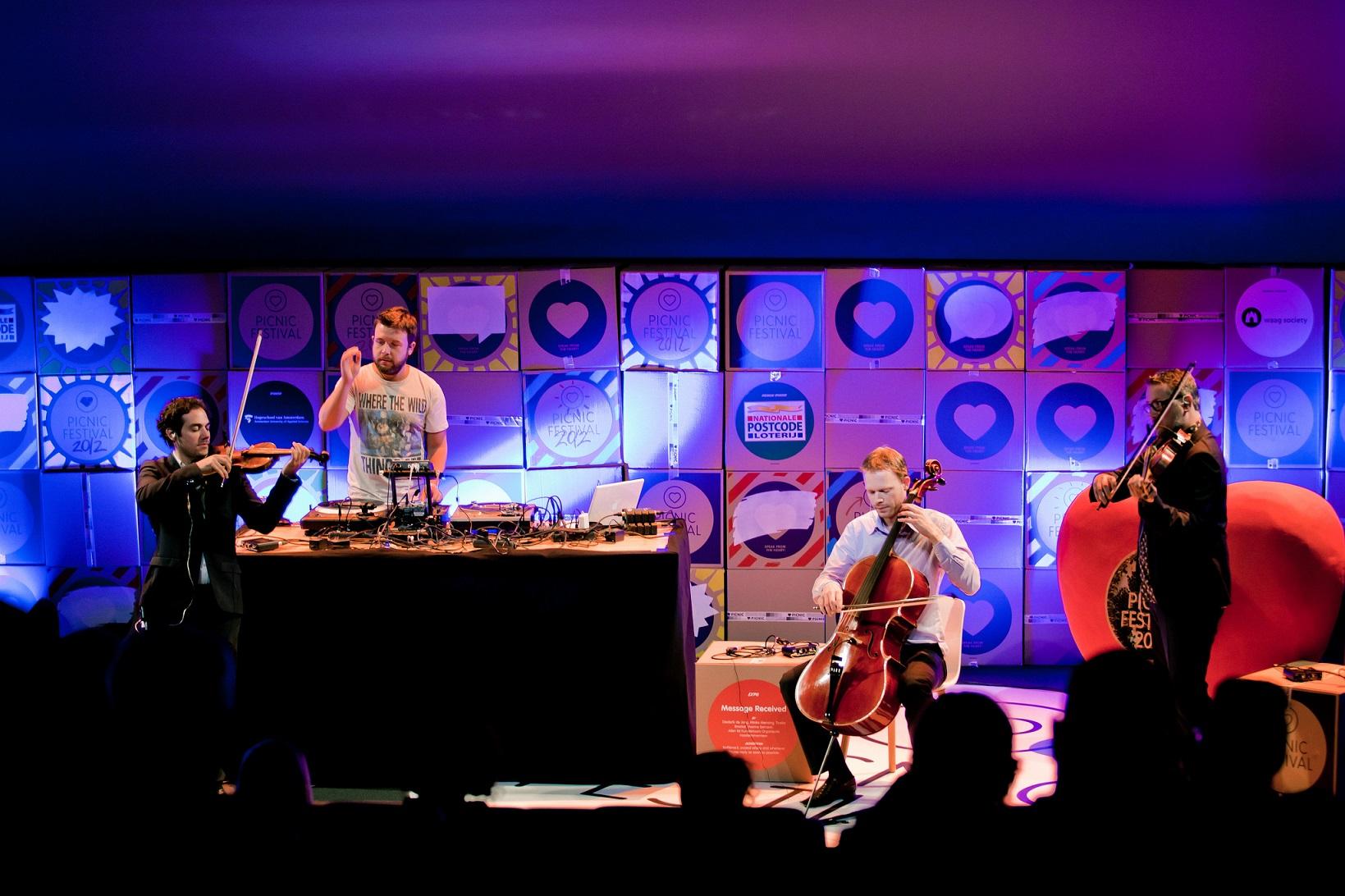 Show na última edição do Picnic na Holanda. Foto Divulgação