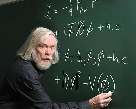 O britânico John Ellis, um dos maiores físicos teóricos do mundo, do King's College London. Foto Wikipedia