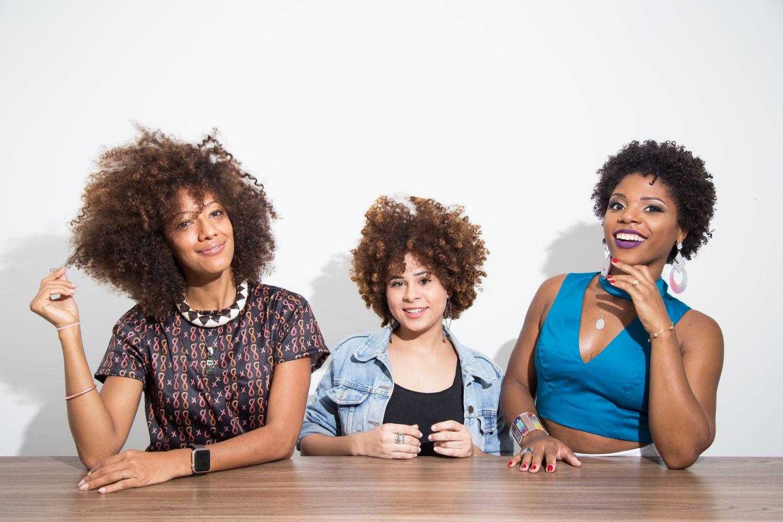 Luna, Letícia e Andressa: menos trabalho e mais identidade capilar (Foto Zô Guimarães)