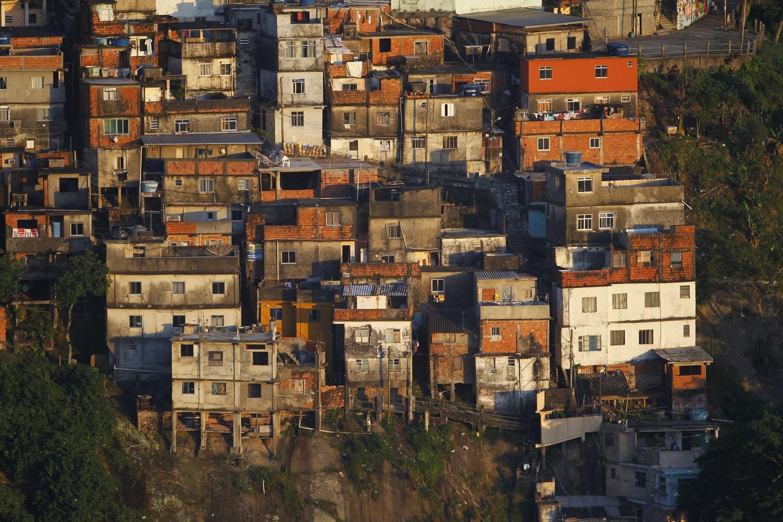 Imagem área do Morro dos Prazeres, em Santa Teresa, no Rio de Janeiro. Foto de Custódio Coimbra