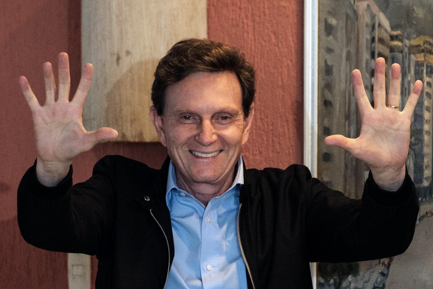 Para a professora Christina Vital, vários fatores influenciaram na vitória de Marcelo Crivella no Rio e não apenas o fato de ele ser evangélico. Foto Yosuyoshi Chiba/AFP