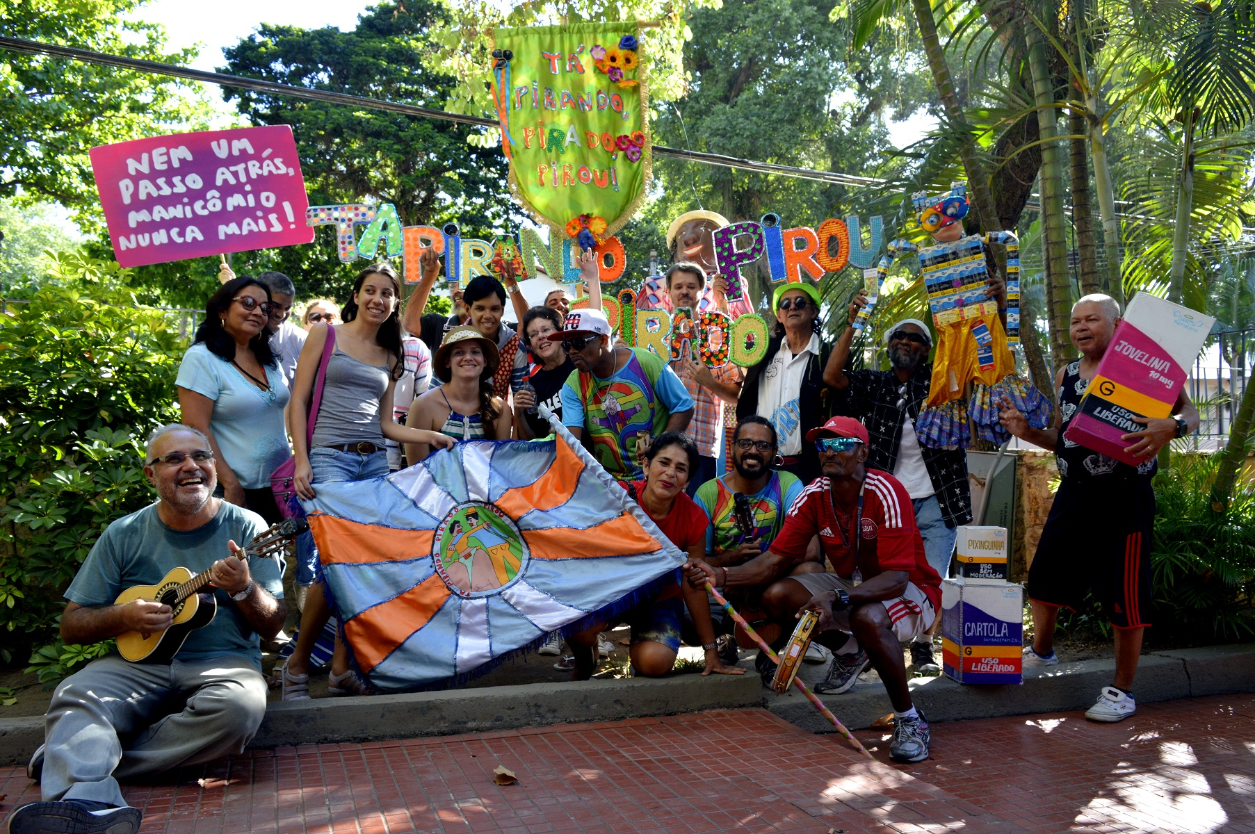 O desfile do Tá Pirando terá fantasias, carro alegórico e até escultura gigante. Foto Heitor Abreu