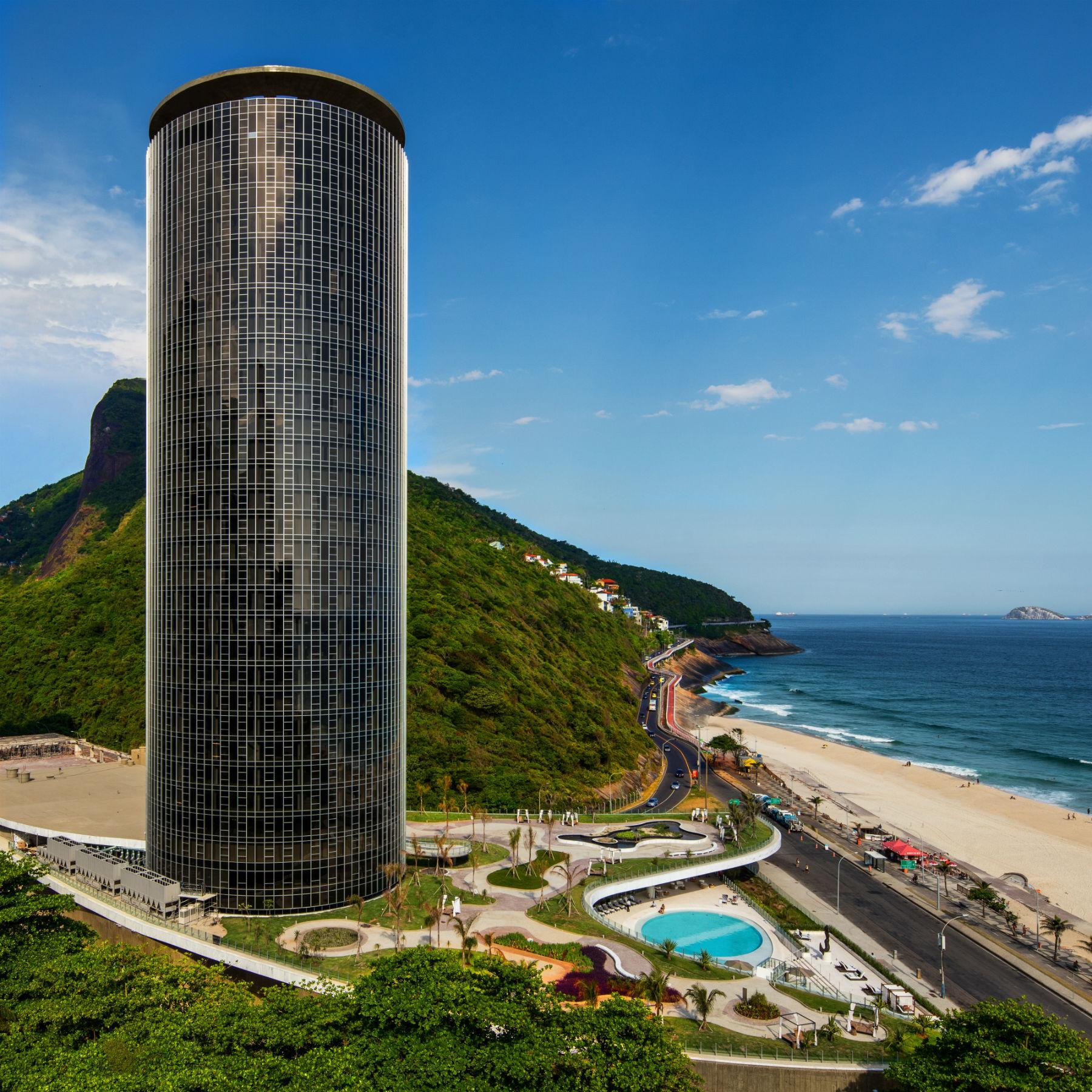 Com sua vista de 360 graus, o novo Hotel Nacional se volta à comunidade da Rocinha (Foto de divulgação)