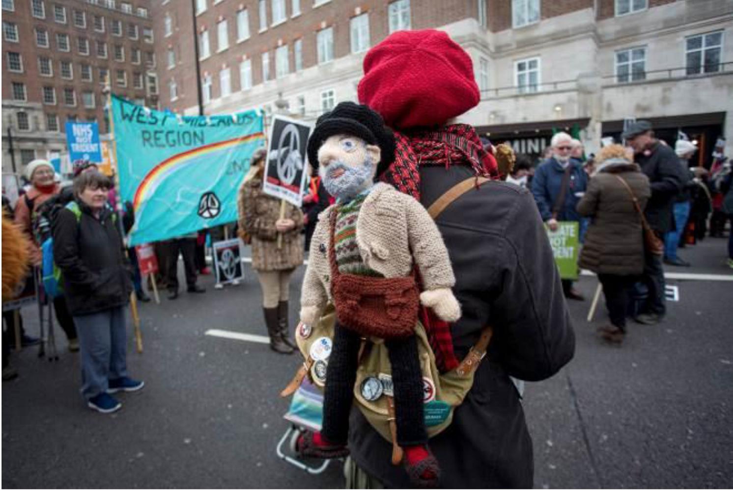 Protesto antinuclear em Londres, em 2016. Acervo Imperial War Museum