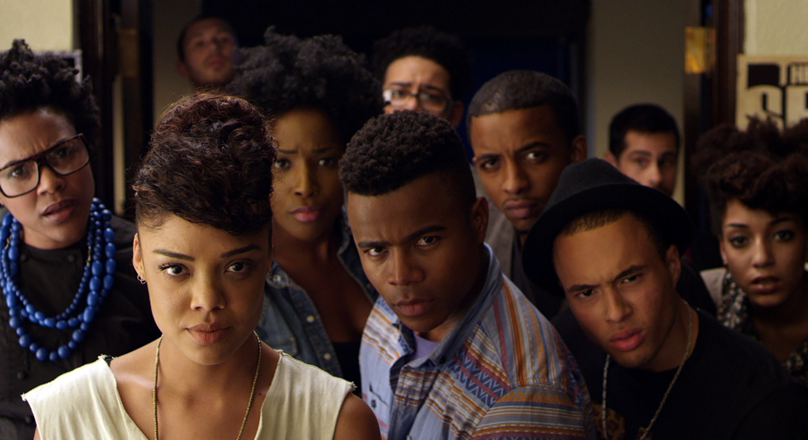 "Cena do filme ""Dear white people"", de 2014, que inspirou a série do Netflix. Alguns atores do filme, como Marque Richardson e Ashley Baine Featherson estão nas duas produções. Foto Archives du 7eme Art / Photo12"