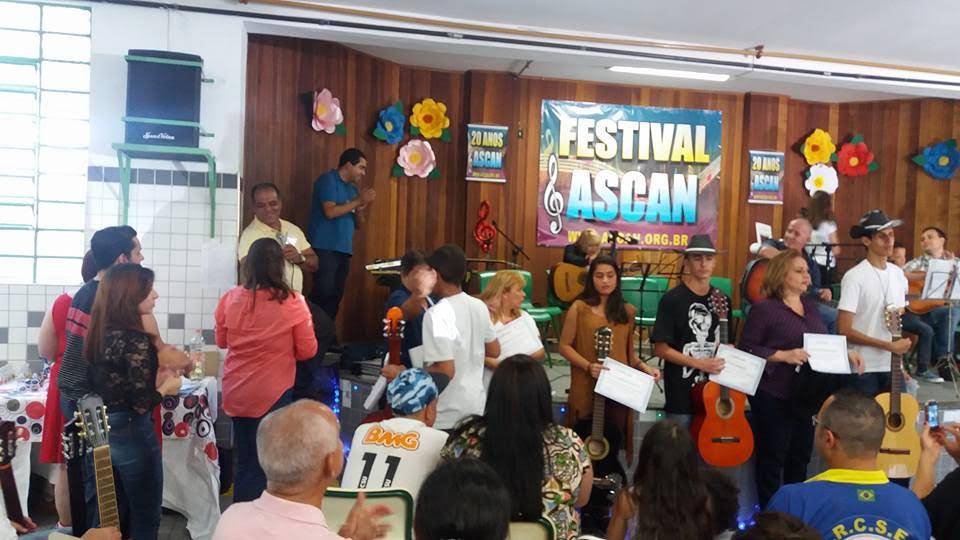 Espetáculo promovido pela Ascan. Foto de Divulgação