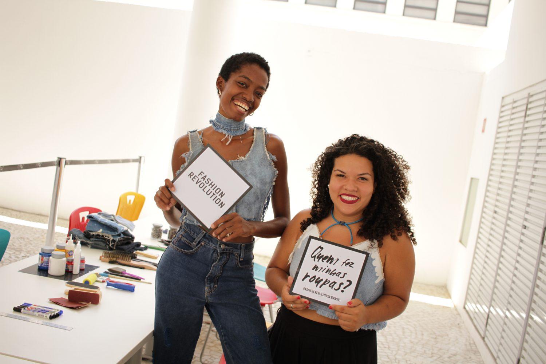 Mig Jeans: jovens de marca de roupas que aposta na economia circular fazem campanha contra escravidão na moda (Foto de divulgação)