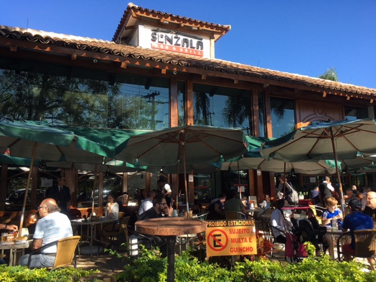 Fachada do restaurante Senzala, no Alto Pinheiros, em São Paulo. Foto Adriana Barsotti