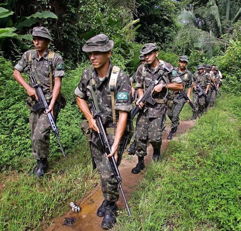 0fe2c7ba1cfbe Militares americanos na Amazônia causam discórdia no Exército brasileiro