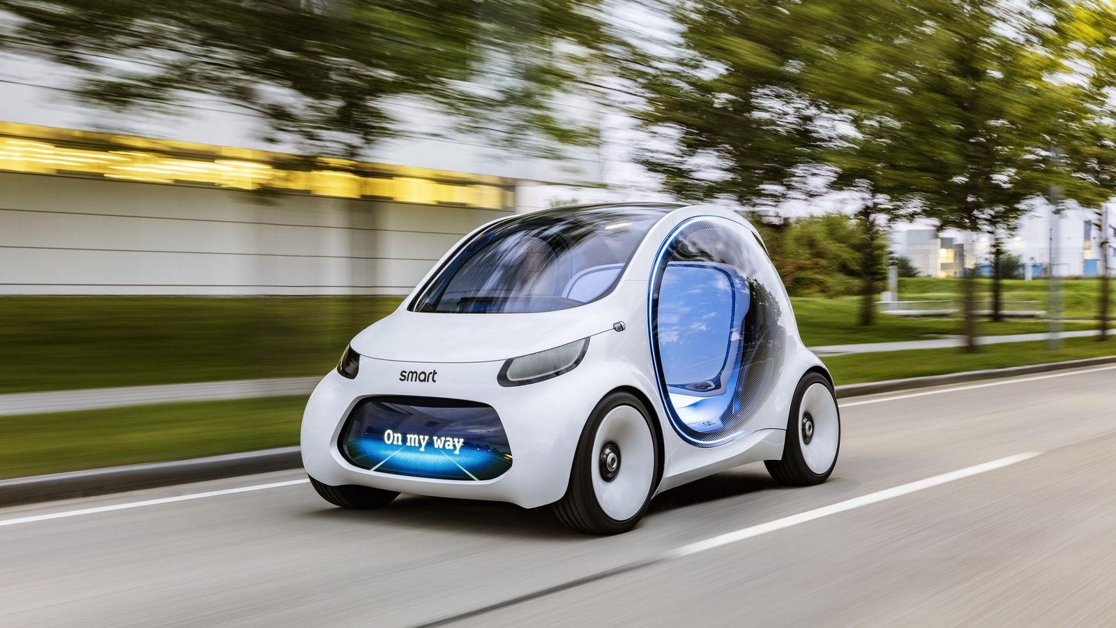"""O pequeno Smart Vision une eletricidade com direção autônoma e tem como foco o chamado """"car sharing"""", sistema de aluguel de carros. Foto Divulgação"""