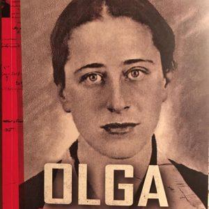 Foto de Olga que ilustra capa do livro foi a última tirada pela Gestapo.Foto de Yuri Fernandes