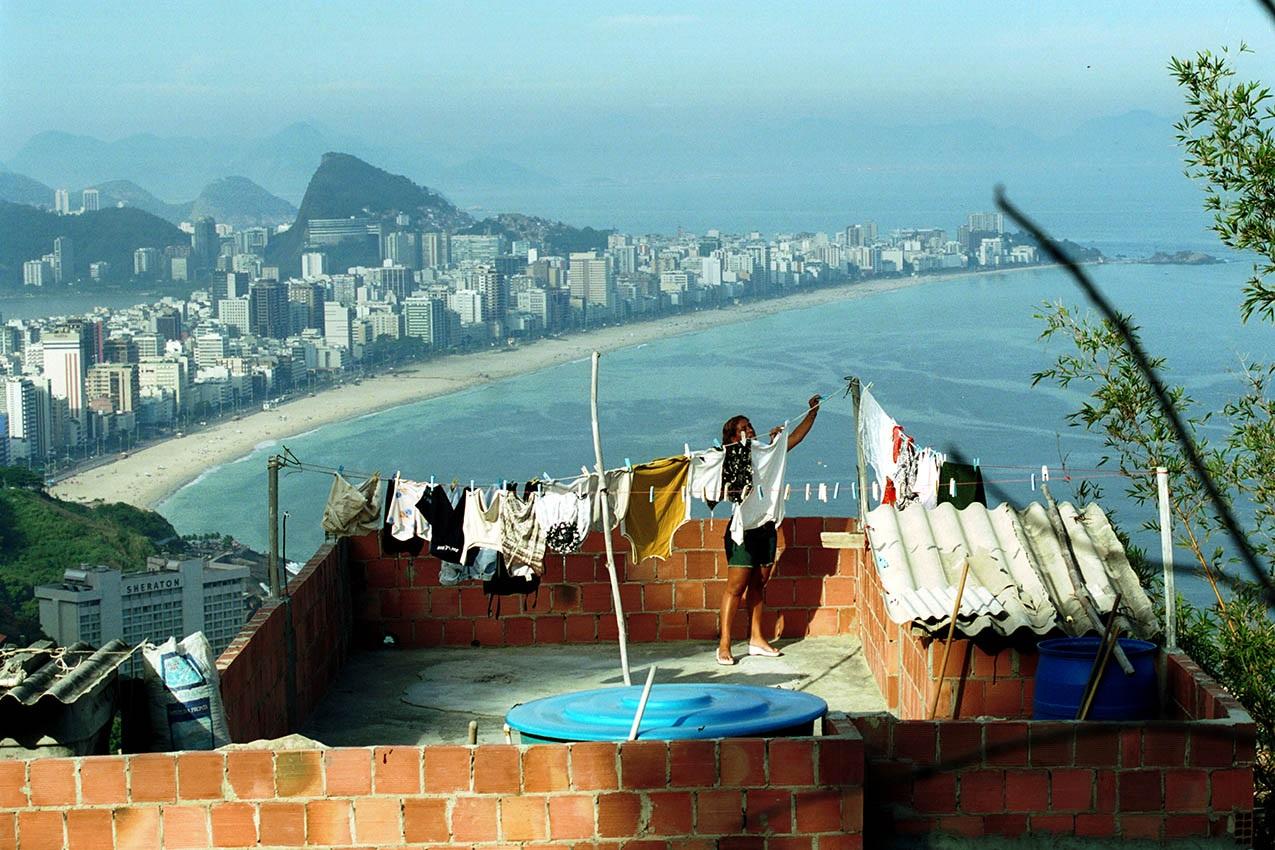 O modelo global da financeirização da vida não tem qualquer tipo de vínculo com a vida real. Foto Custódio Coimbra