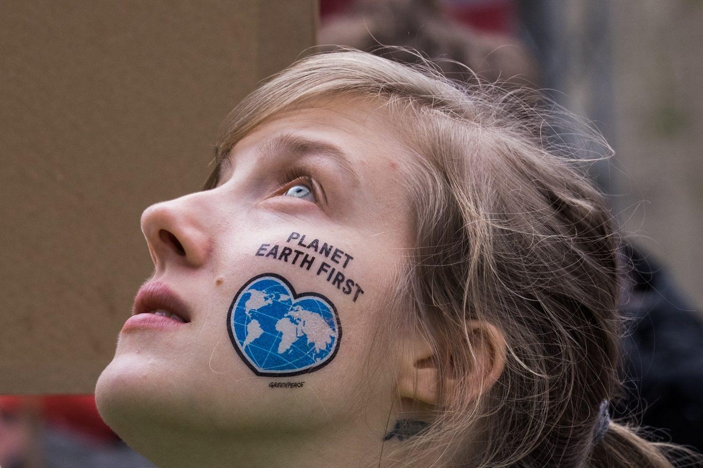 O protesto da jovem manifestante na abertura da COP 23. Foto Alban Grosdidier / Hans Lucas