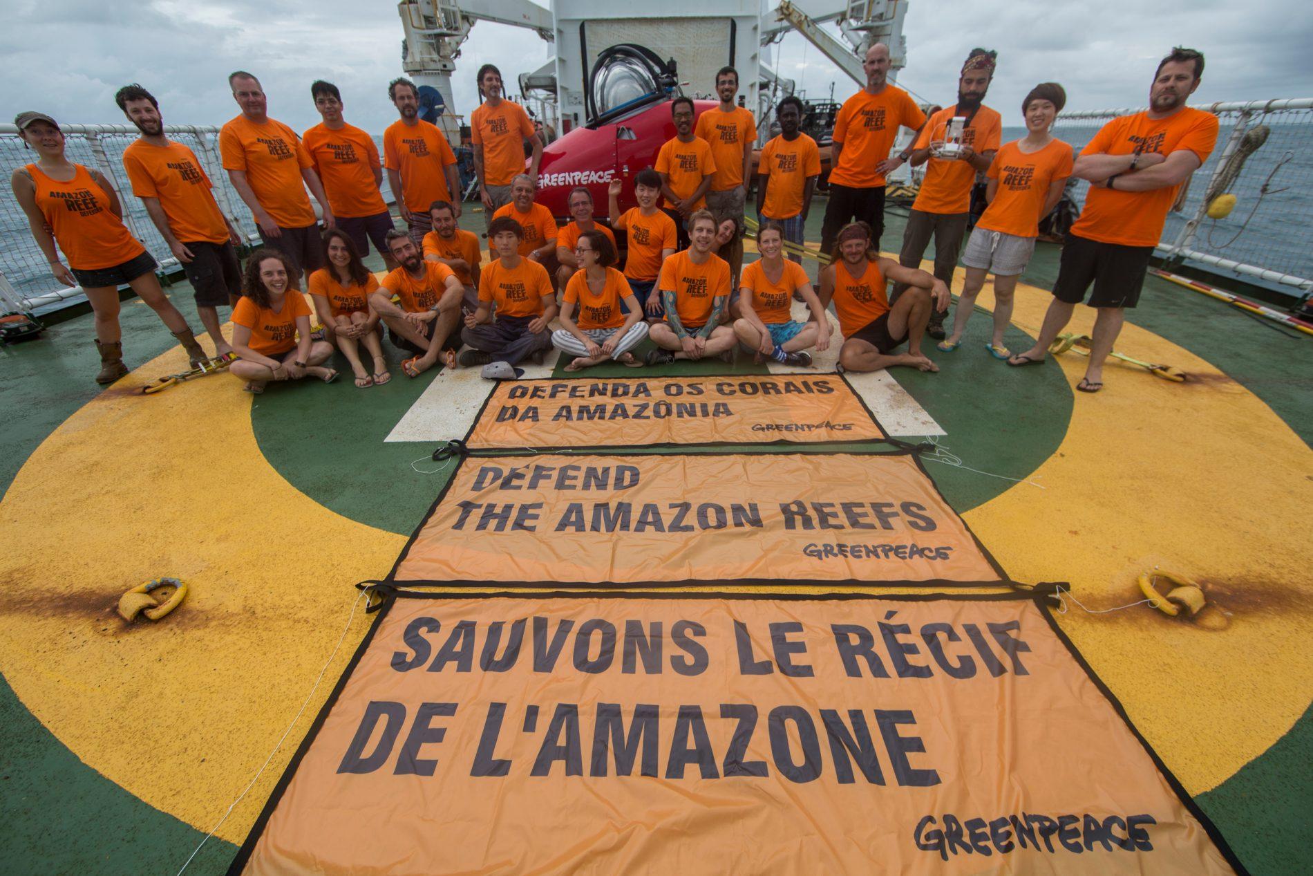 """Esperanza, um dos três navios do Greenpeace, está na região da foz do rio Amazonas, no Amapá, para a campanha """"Defenda os Corais da Amazônia. O objetivo é observar debaixo d'água, pela primeira vez, os recifes de corais."""