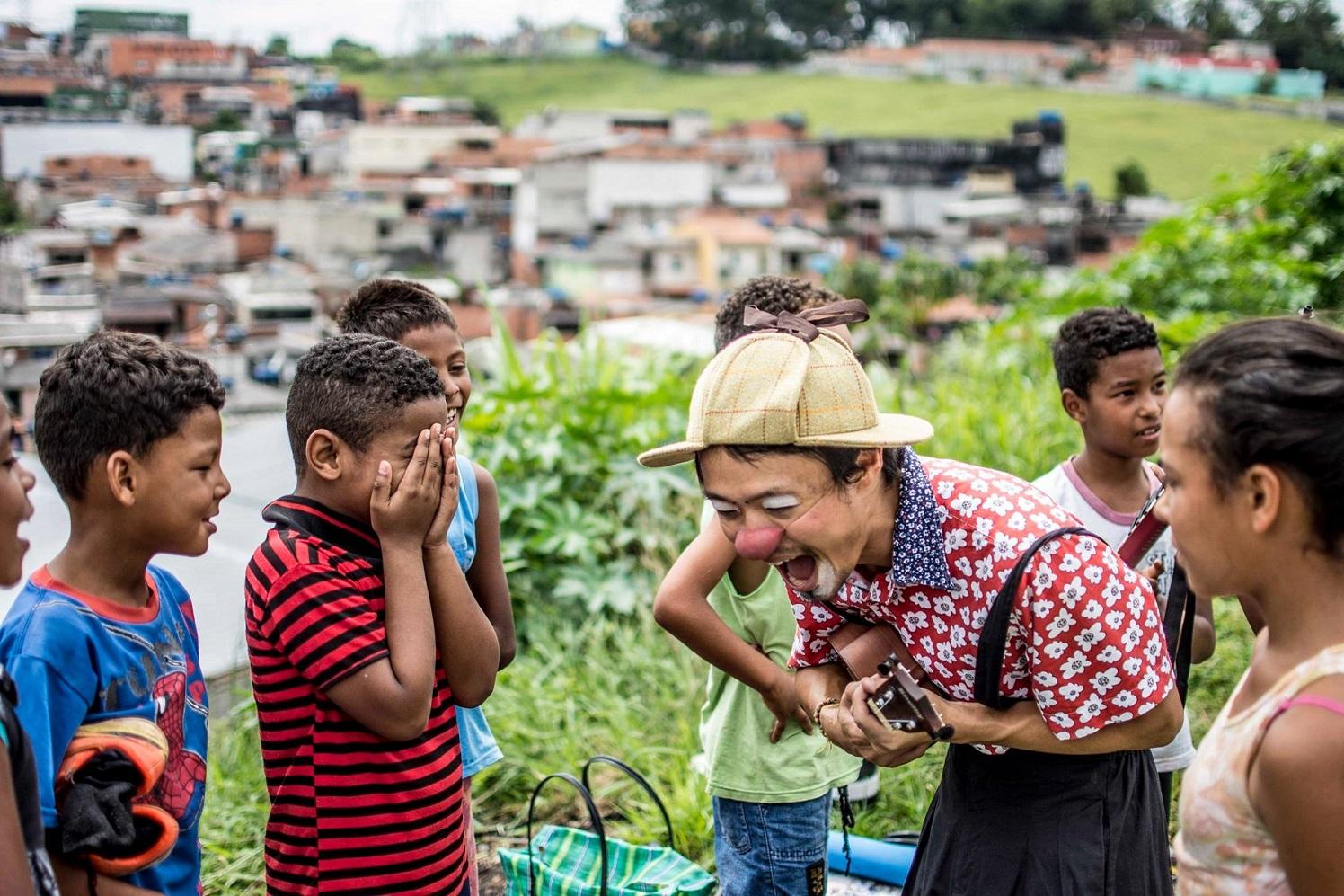 Os Palhaços Sem Fronteiras estão em 15 países do mundo e chegaram ao Brasil há apenas um ano. Foto Ricardo Avelar