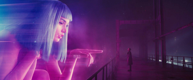 Hologramas gigantes no filme atual. Hoje, eles já são usados até em shows de rock (Foto: divulgação)