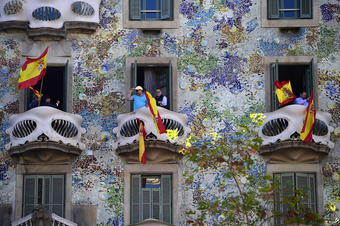 A famosa Casa Batlló, de Gaudi, também virou palco da disputa entre nacionalistas e separatistas. Foto Pierre-Philippe Marcou