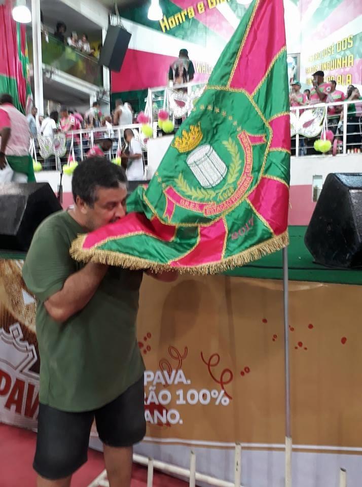 O pastor José Barbosa na quadra da Mangueira. Foto Arquivo pessoal