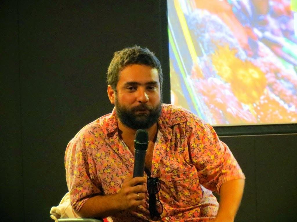 Raphael Vidal durante um debate literário. Foto Divulgação