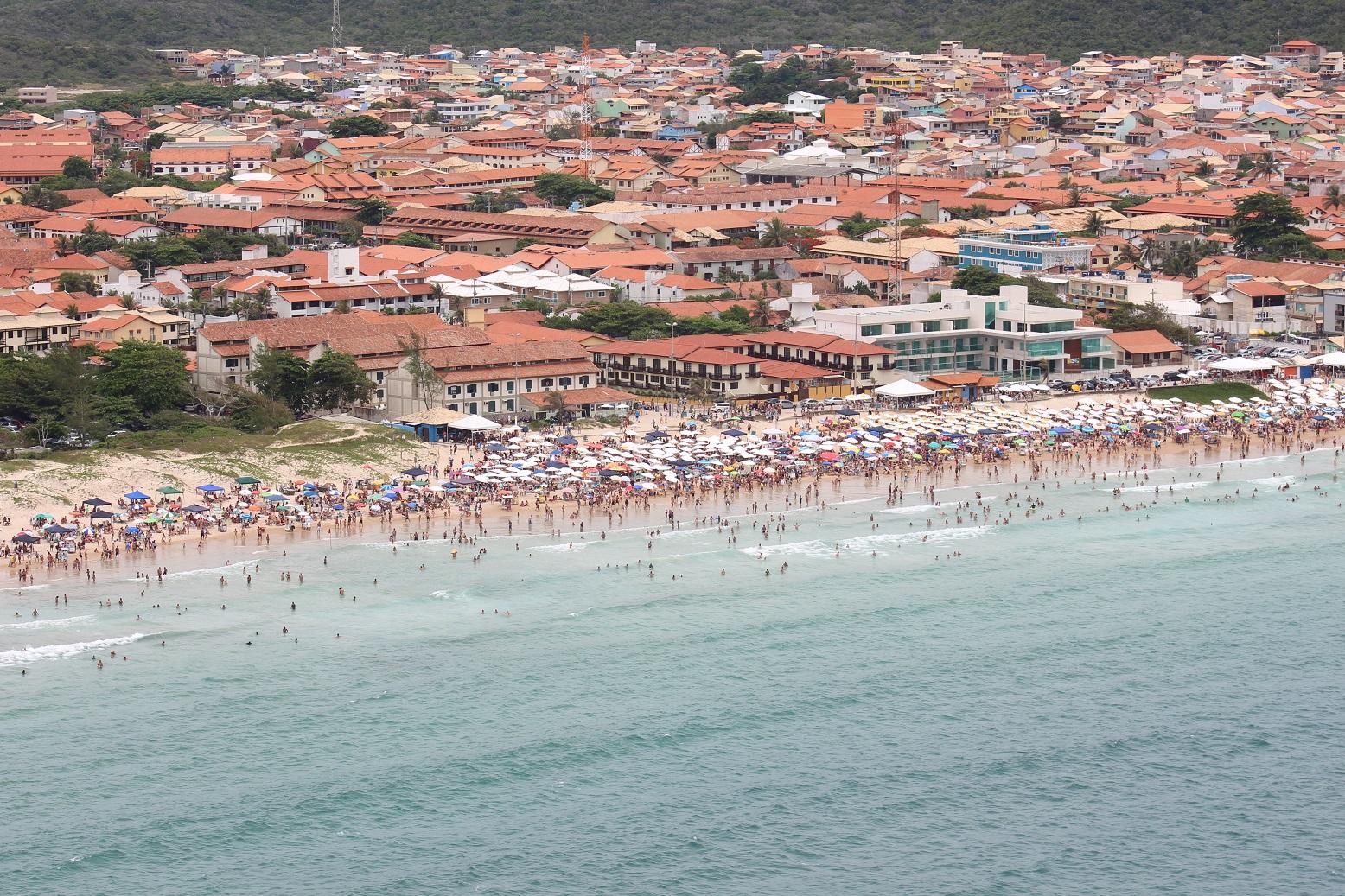 A praia do Peró, em Cabo Frio, recebeu dez dos onze votos possíveis. Foto Ernesto Galiotto