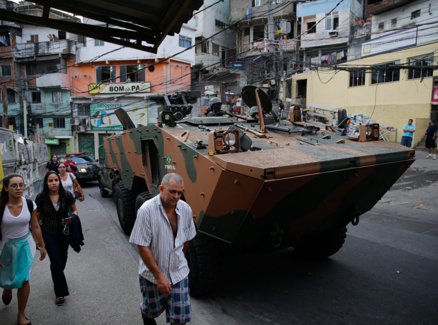 O Exército na Rocinha em 2017: ação inútil. Foto de Fernando Frazão (Agência Brasil)