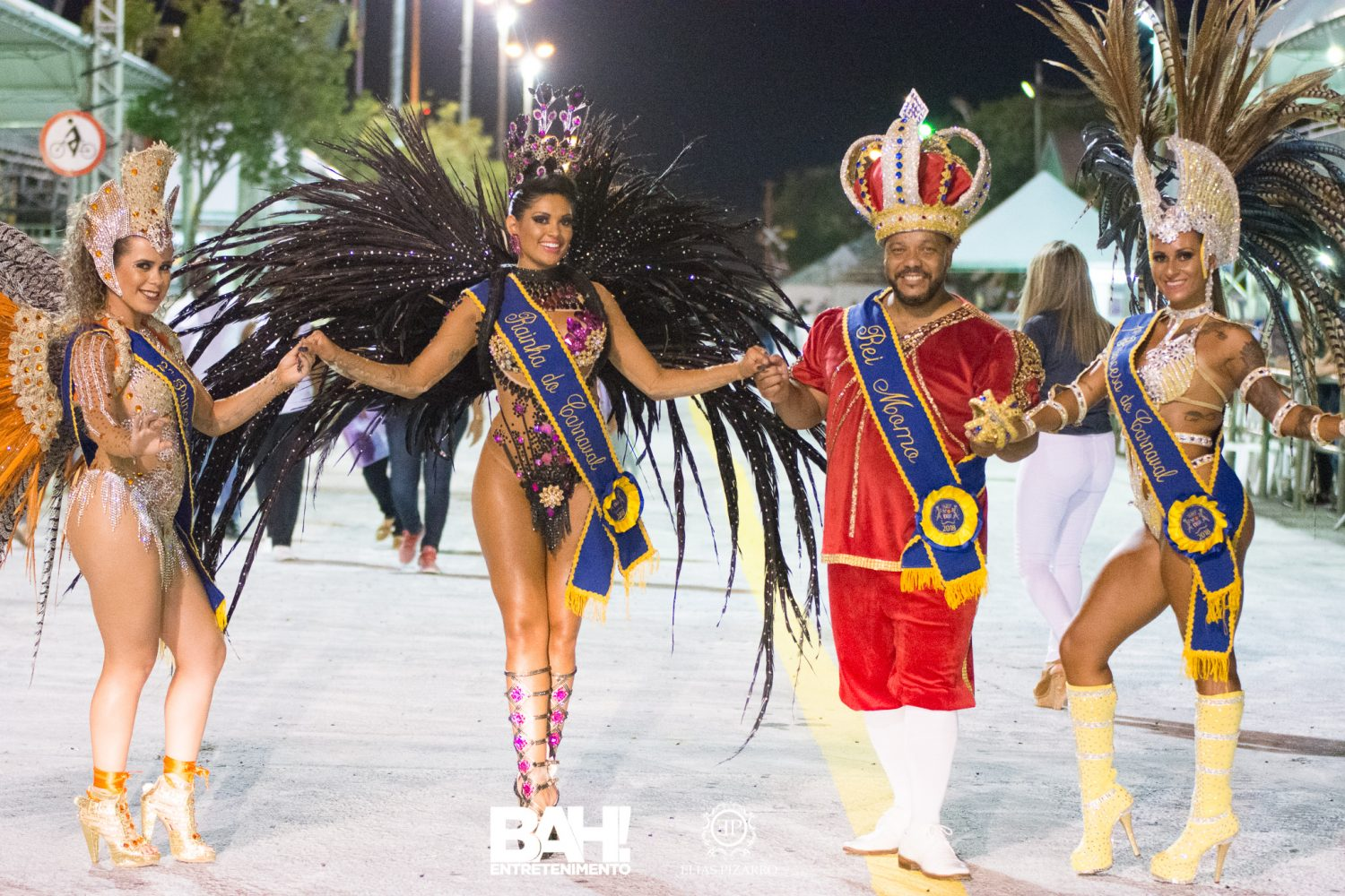 Rei Momo, rainhas e princesas do Carnaval de Uruguaiana. Foto de Elias Pizarro/Bah Entretenimento