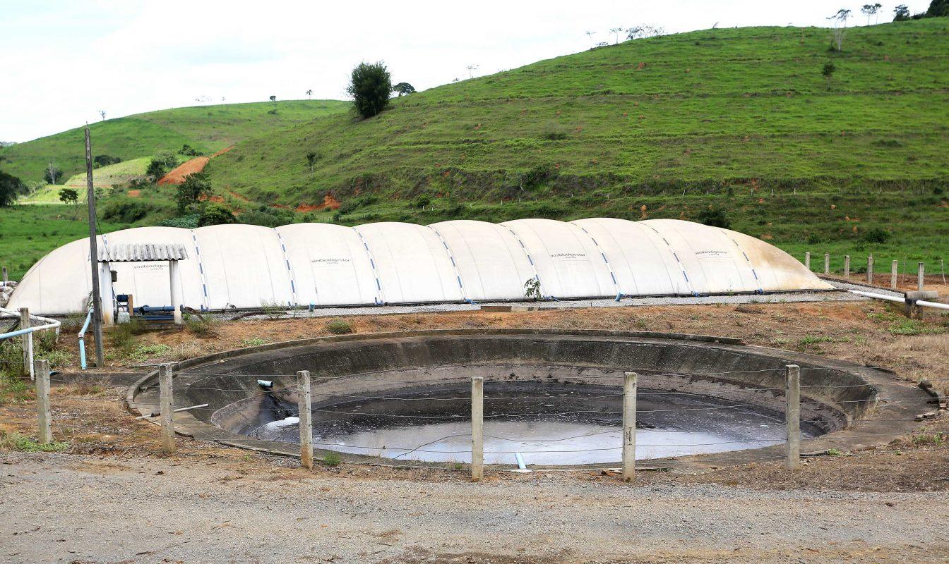 Usina de produção de Biogás criada a partir dos refeitos do gado. Foto: Fernando Maia
