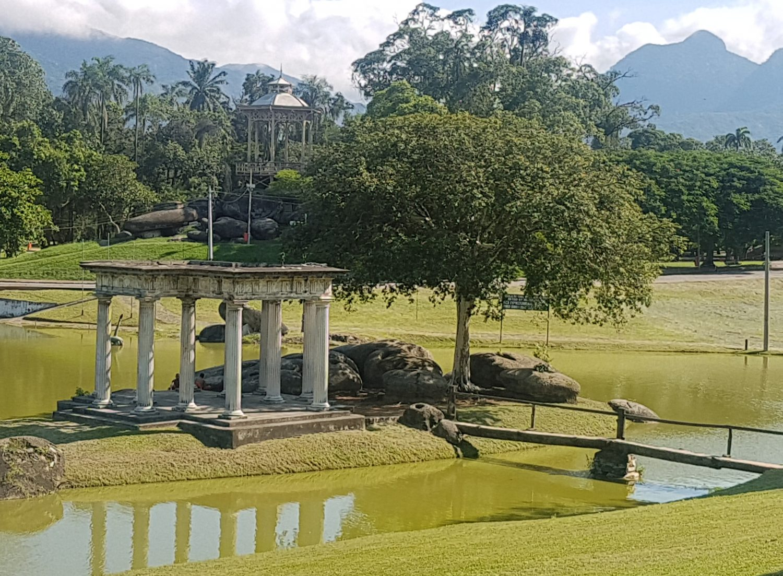 A beleza da Quinta da Boa Vista, solitária durante a semana (Foto Oscar Valporto)