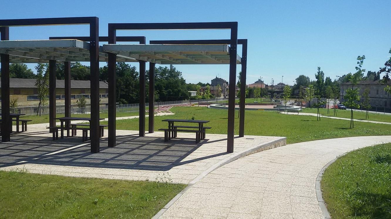 """No lugar da antiga fábrica da Eternit em Casale Monferrato foi construído o Parque Eternot. Expressão que significa """"Eternit, não"""". Foto Divulgação"""