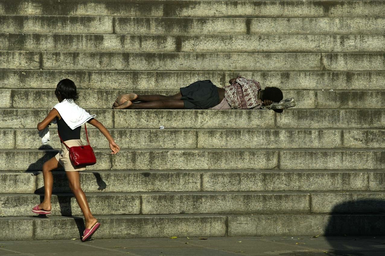 O IBGE alega que não tem estrutura e nem expertise técnica para realizar uma pesquisa envolvendo a população de rua. Foto Custódio Coimbra