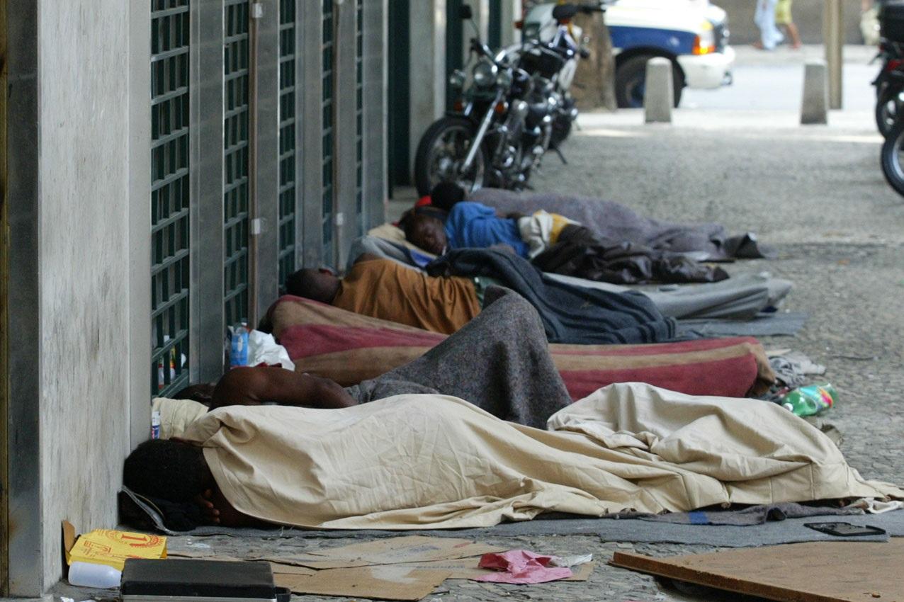 No Rio, pesquisa da Prefeitura estimou que 5 mil pessoas vivam na rua. O dado foi muito contestado pois representa uma queda improvável de 67% em relação a 2016. Foto Custódio Coimbra
