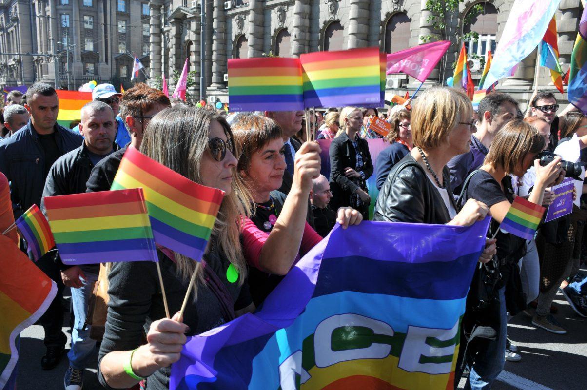 Como é ser mulher e LGBT+ na Sérvia?