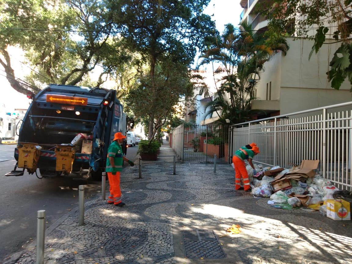 Coleta seletiva de lixo em Botafogo: carioca não separa resíduos corretamente (Foto Emanuel Alencar)
