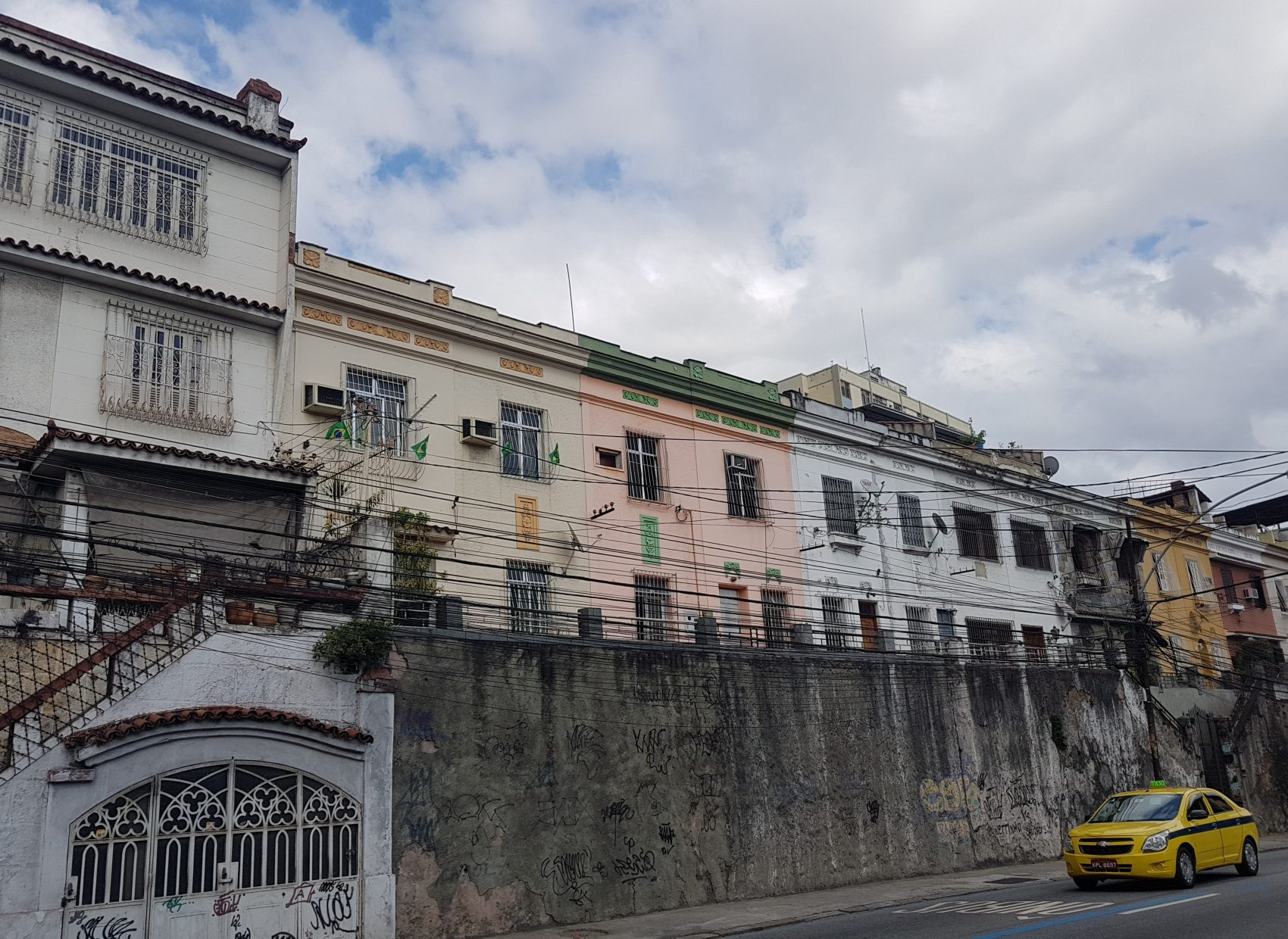 Casas e sobrados na Marechal Rondon (Foto: Oscar Valporto)