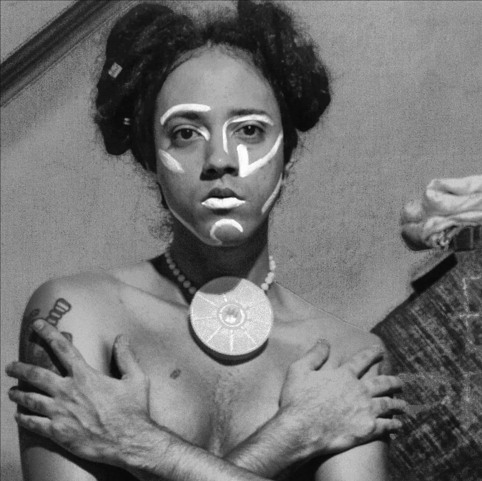 """A perfomer Bruma, também conhecida como Def Ex: """"Se você for fazer pink money, pelo menos não seja ostensivo"""". Foto: arquivo pessoal"""