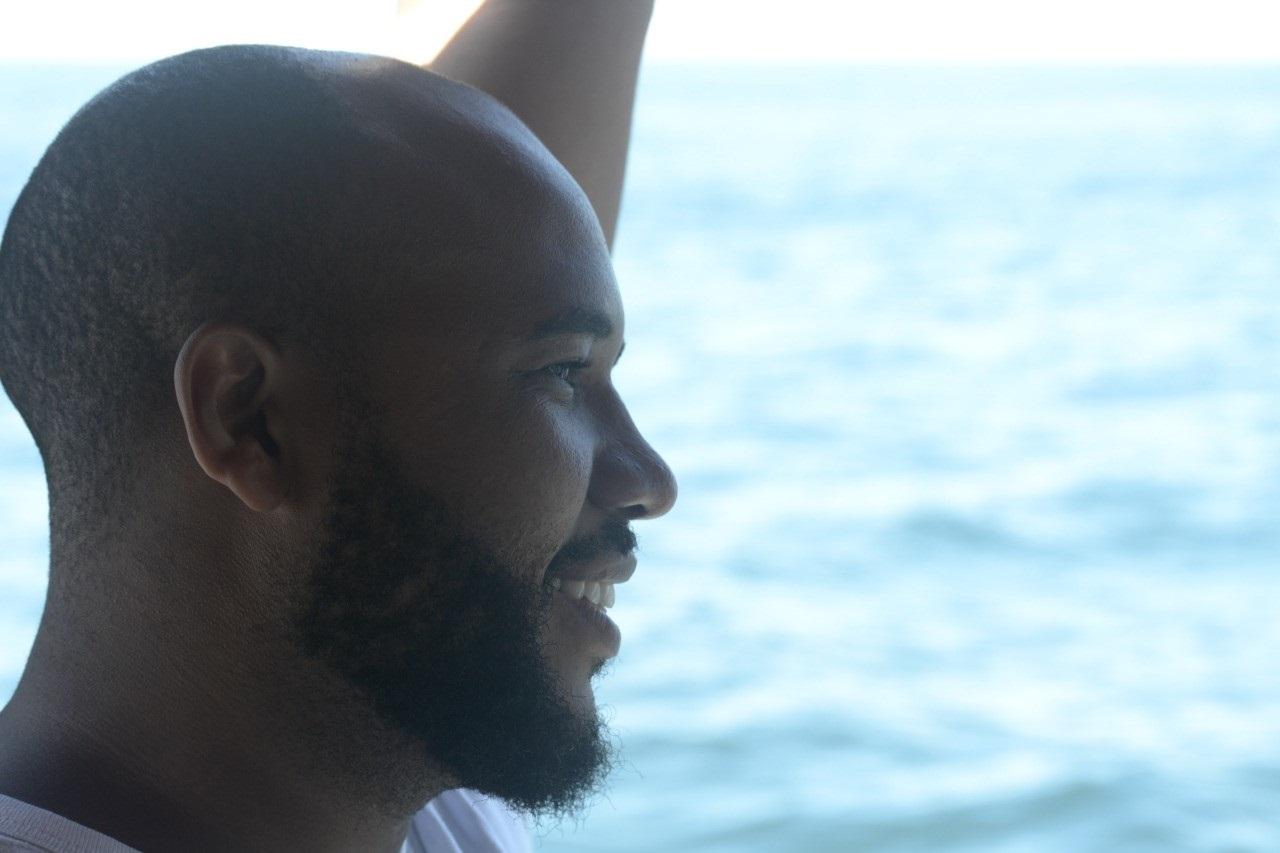 O jornalista Felipe Gomes, fez seu exame de DNA pela empresa My Heritage e descobriu que 53.5% da sua composição genética é de origem africana. Foto Arquivo Pessoal