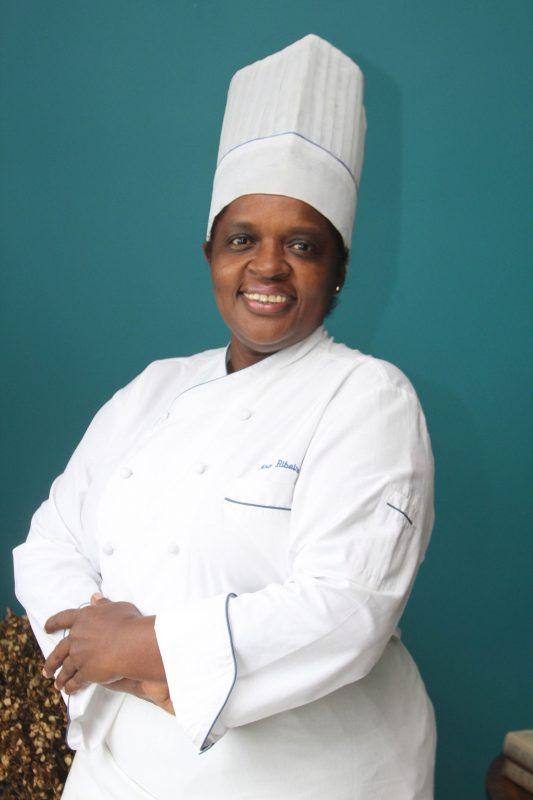 A chef Ana Ribeiro foi a primeira mulher na cozinha do tradicional Le Saint Honoré. Foto Divulgação